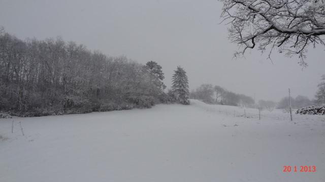 la neige est-elle arrivée chez vous ?  - Page 10 Small_DSC08189